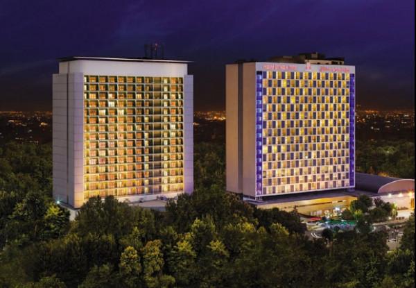 رزرو هتل استقلال